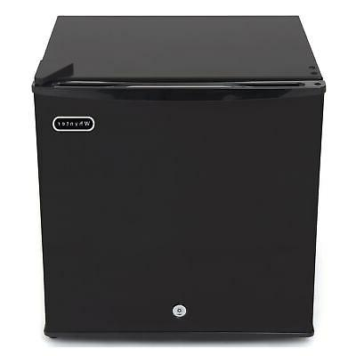 Upright Freezer 1.1 cu. ft. Black Lock, ENERGY STAR Party Co
