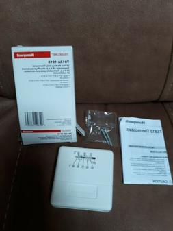 Honeywell T812A 1010 Wall Thermostat Heating only, 24 volt,